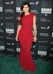 Kim-Kardashian---2011-The-Huffington-Post-Game-Changers-Awards-37.md.jpg