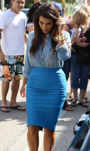 Kim-Kardashian---Sigthings-in-Miami-2012-63.md.jpg