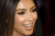 Kim-Kardashian---Cosmopolitan-Magazine-40th-Anniversary-Celebration-15.md.jpg