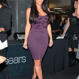 Kardashians-Sears-In-Store-Appearance-For-Kardashian-Kollection-03