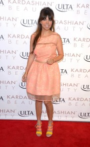 Kourtney And Khloe Kardashian Launch New Line Kardashian Beauty 04