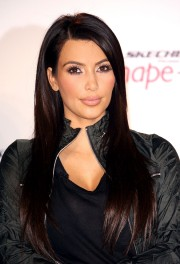 SKECHERS Shape Ups Announces Global Partnership With Kim Kardashian 08